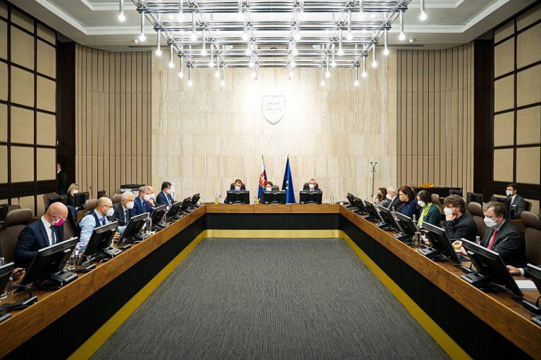 Vláda rokovanie