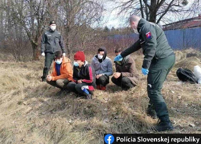 migranti policia