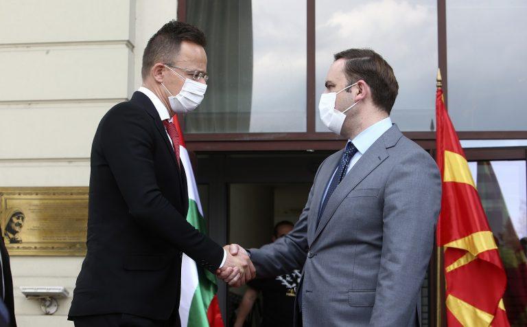 Péter Szijjártóa Bujar Osmani