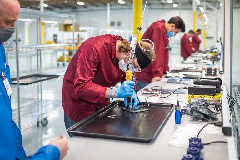 General Motors vyrobna hala