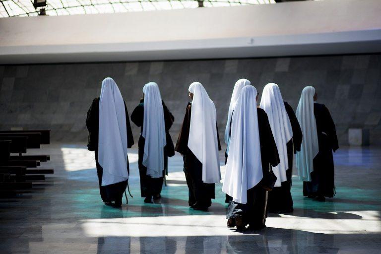 mníšky