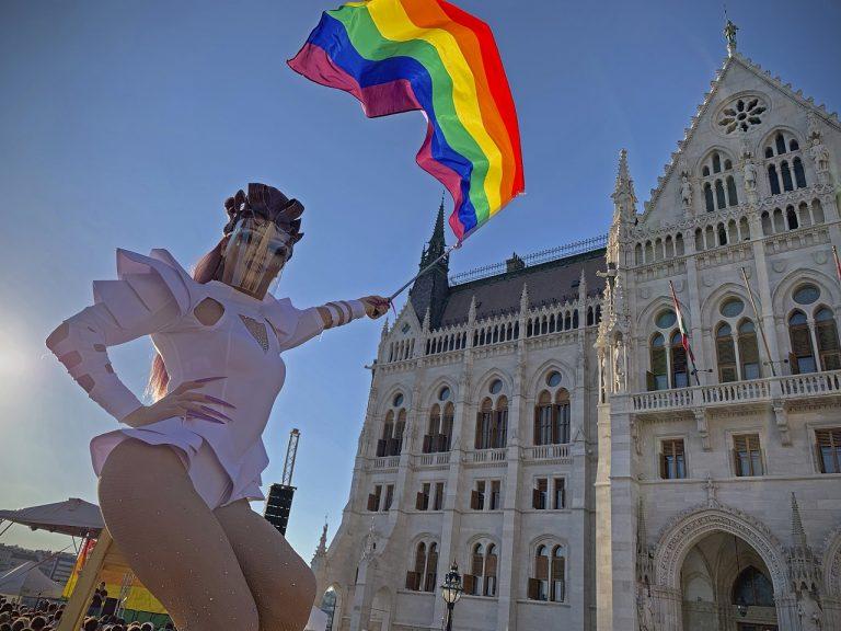 lgbti budapest madarsko