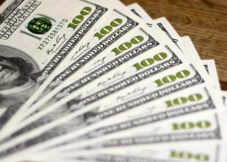 dolar peniaze
