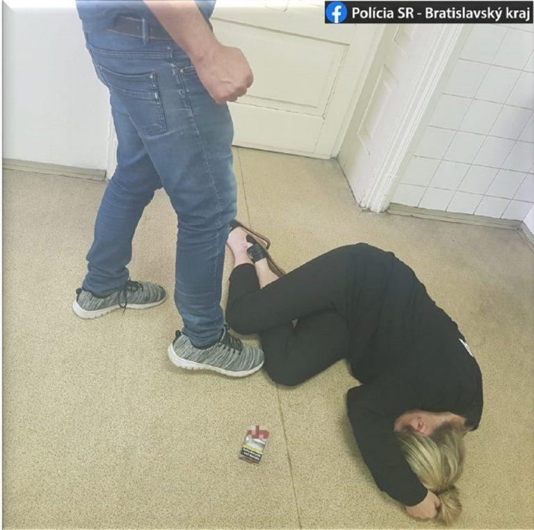 muž napadol matku