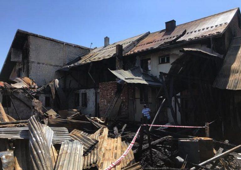 Následky požiaru v dedinke Nova Belá