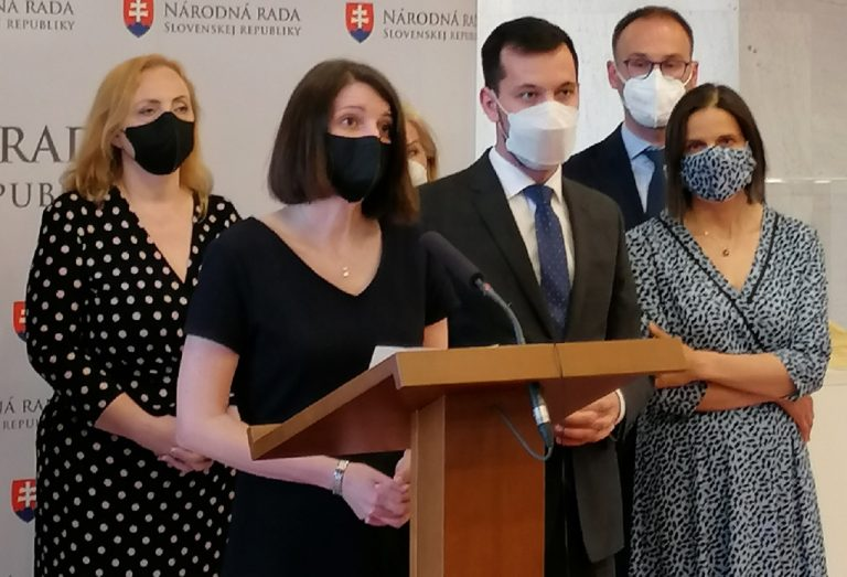 Jana Žitňanská Juraj Šeliga Mária Kolíková