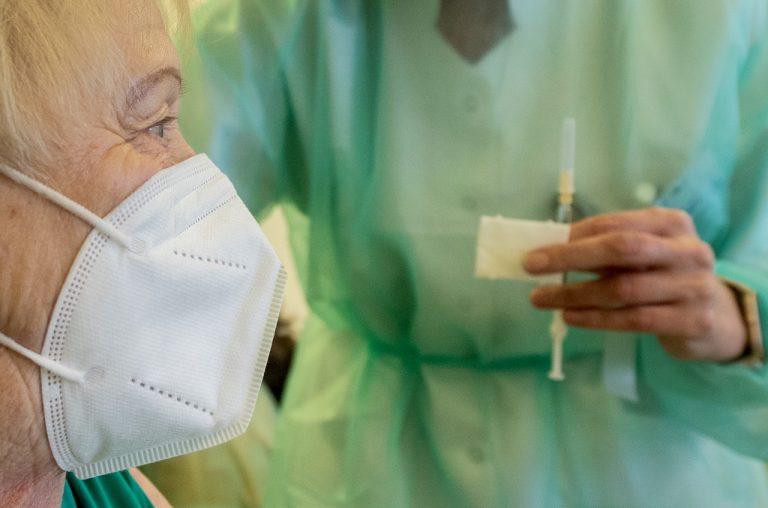 očkovanie_seniori