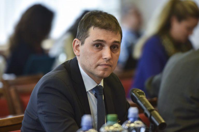 Adrián Szabó