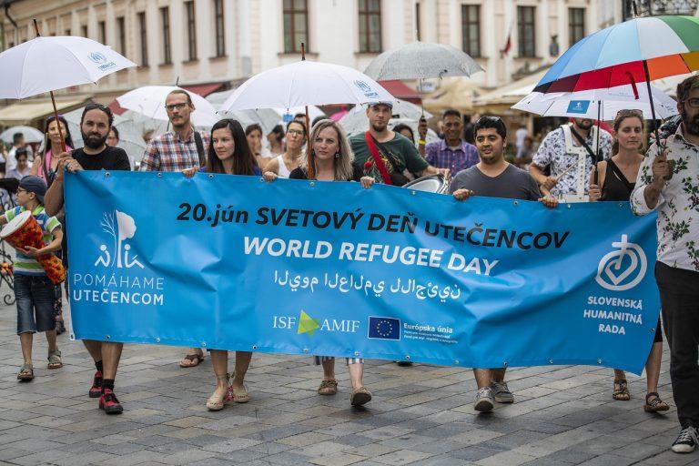 Dáždnikový pochod v Bratislave
