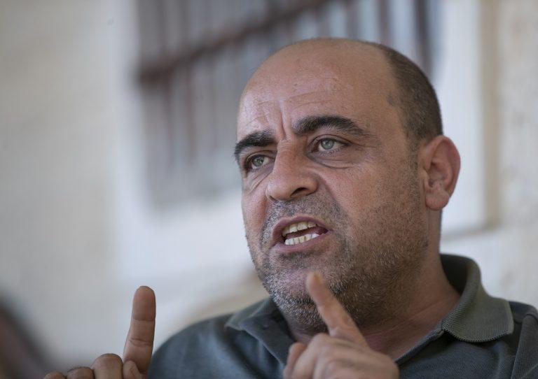 aktivista Nizár Banát