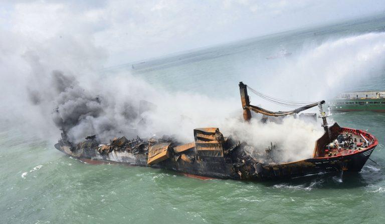 Požiar loď Sri Lanka