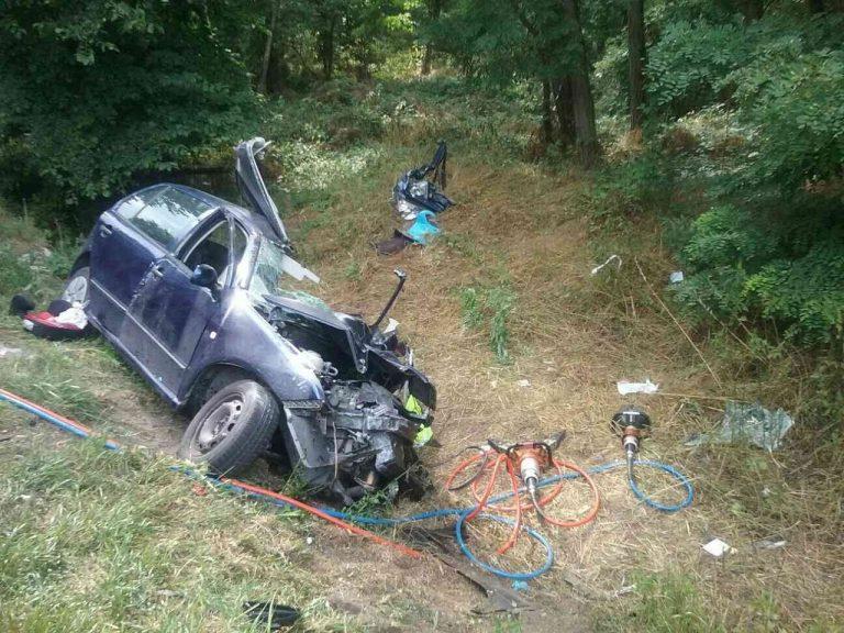 Hasiči a polícia zasahujú pri tragickej nehode pri Štefanove