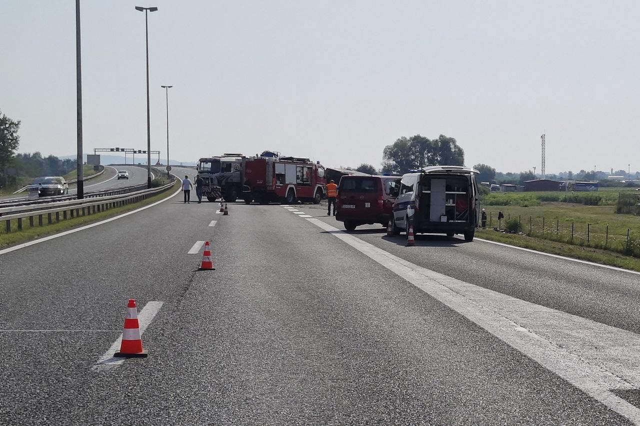 Nehoda autobusu v Chorvátsku si vyžiadala najmenej desať obetí