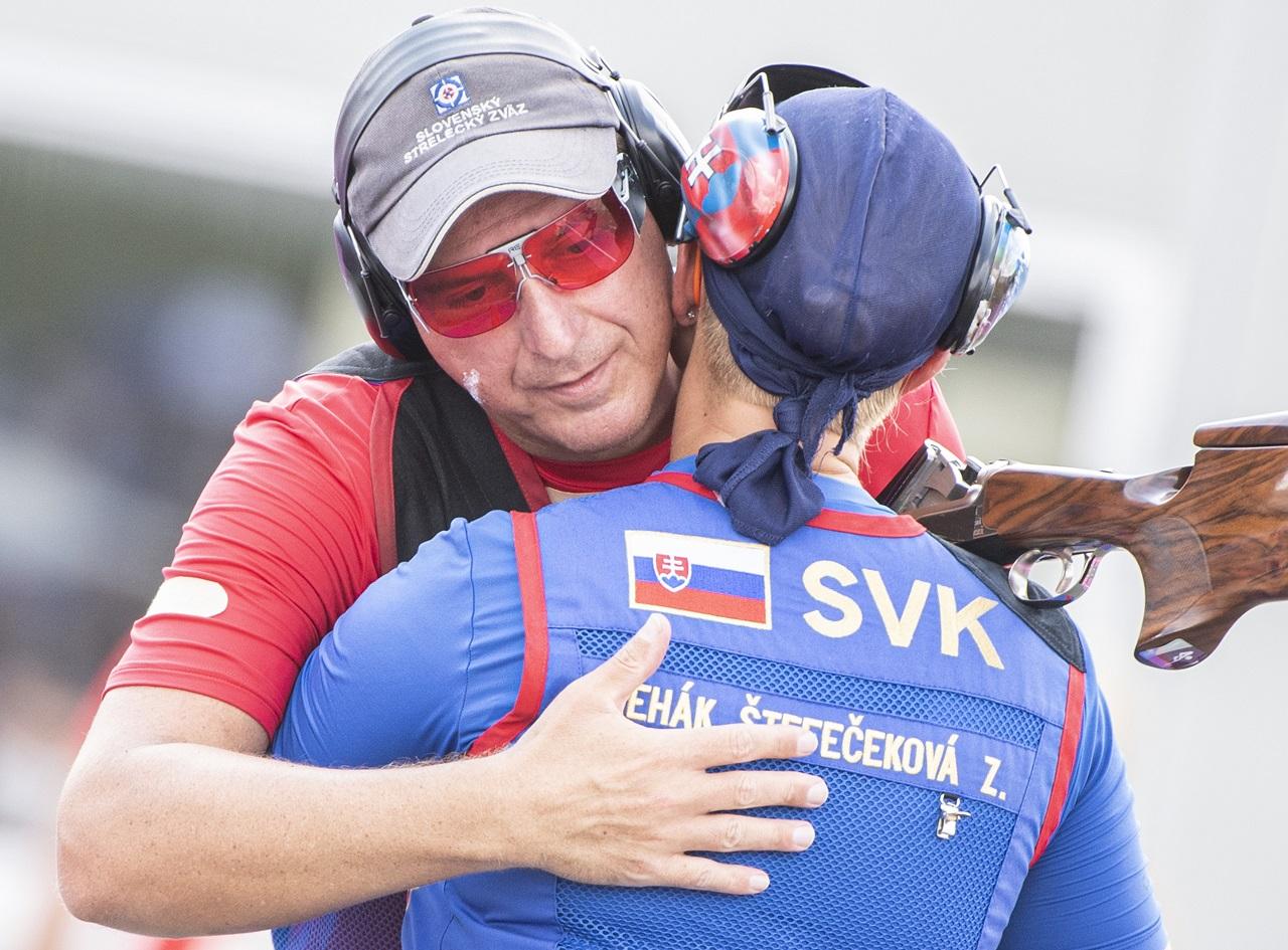 Zuzana Rehák-Štefečeková Erik Varga