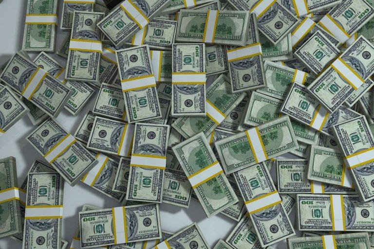 doláre
