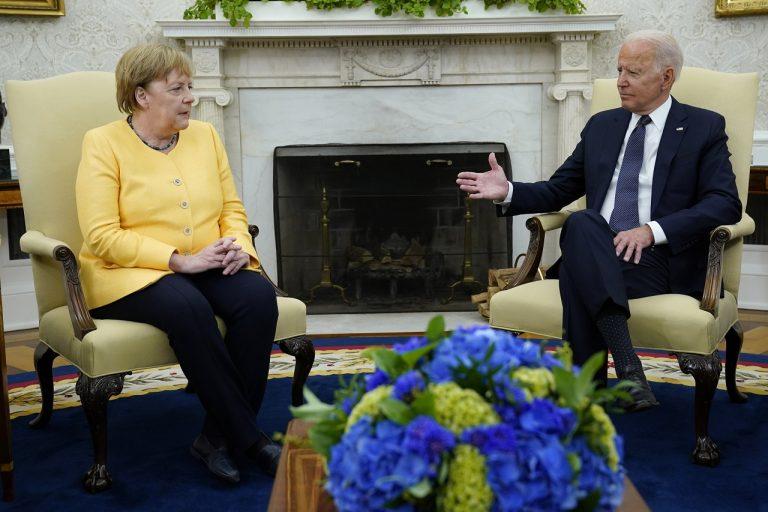 Joe Biden, Angela Merkelová