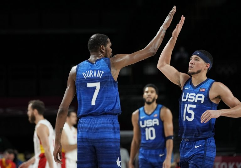 Kevin Durant a Devin Booker