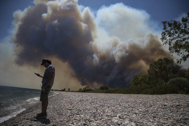 Turecko už šiesty deň bojuje s lesnými požiarmi; EÚ posiela na pomoc lietadlá