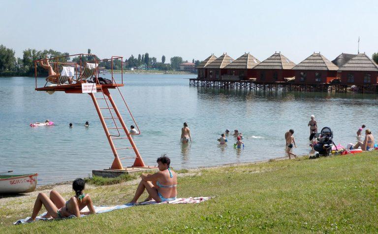 Slnečné jazerá v Senci