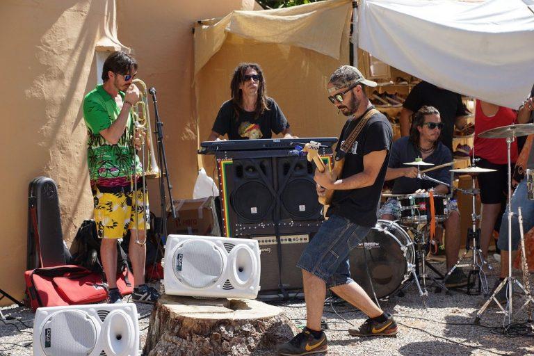 kapela, ibiza, párty