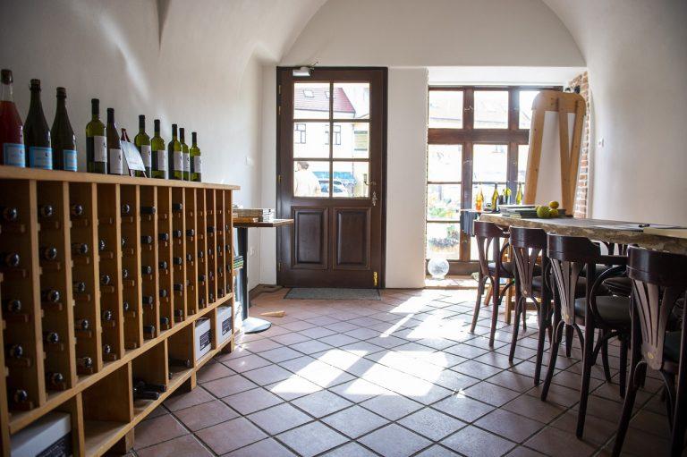 vinárstvo, reštaurácia