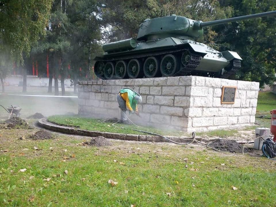 tank pred Kežmarským hradom