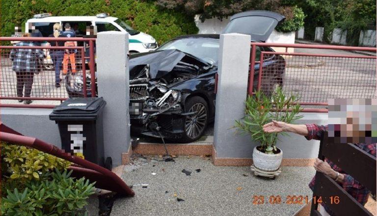 nehoda luxusné autá