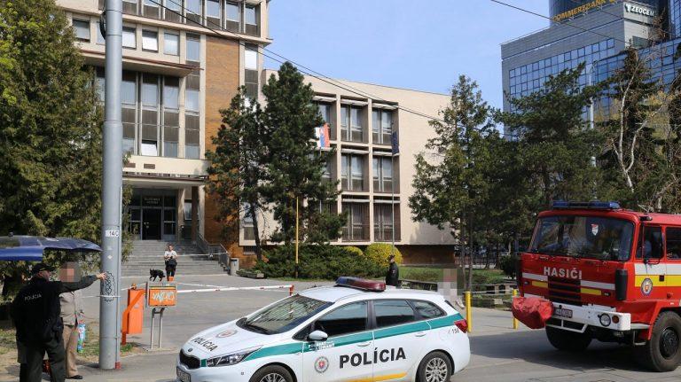 bomba v Košiciach, podozrivého polícia vypátrala