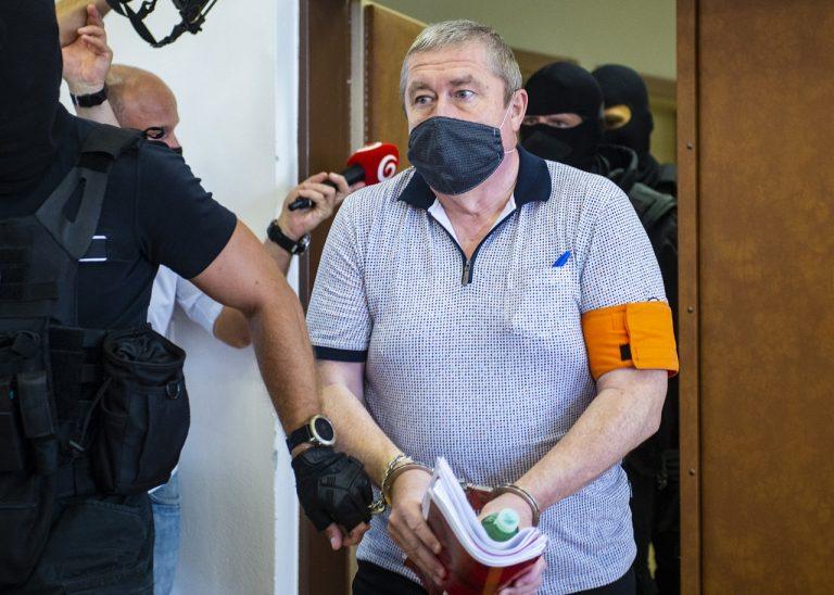 Pokračovanie hlavného pojednávania s bývalým špeciálnym prokurátorom Dušanom Kováčikom v Pezinku