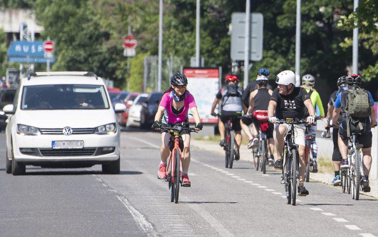 cyklisti cestná premávka