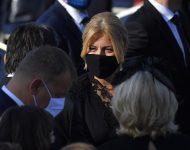 Na snímke vpravo prezidentka SR Zuzana Čaputová pred príchodom pápeža Františka na pútnickom mieste v Šaštíne 15.