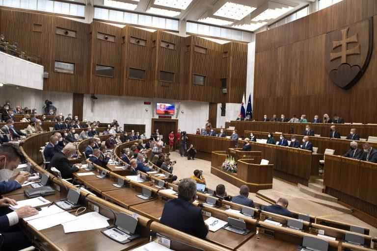 Prezidentka Zuzana Čaputová vystúpila v pléne so správou o stave republiky