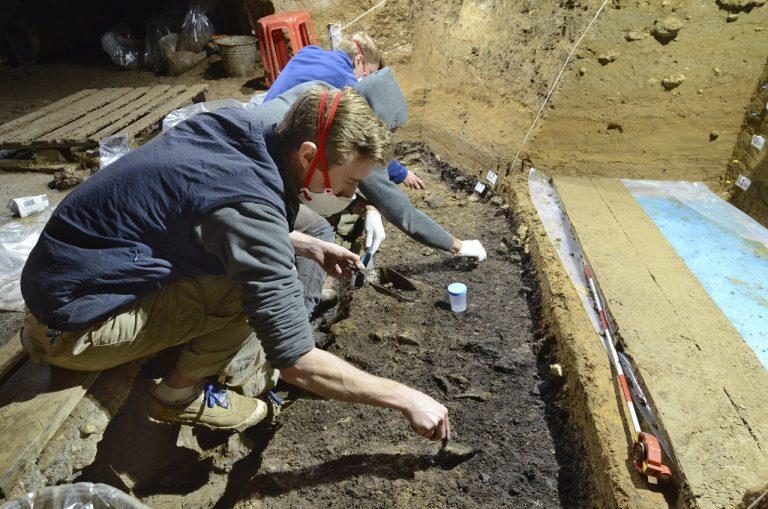 archeológia objav prví ľudia