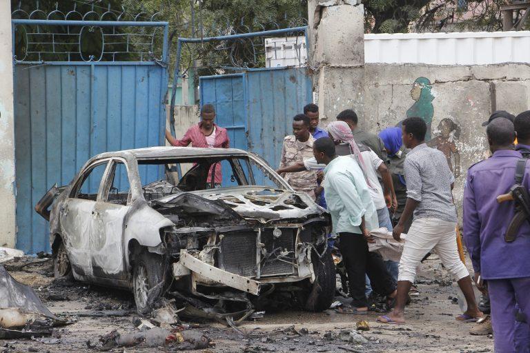 Po bombovom útoku na auto