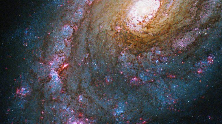 Supermasívna galaxia