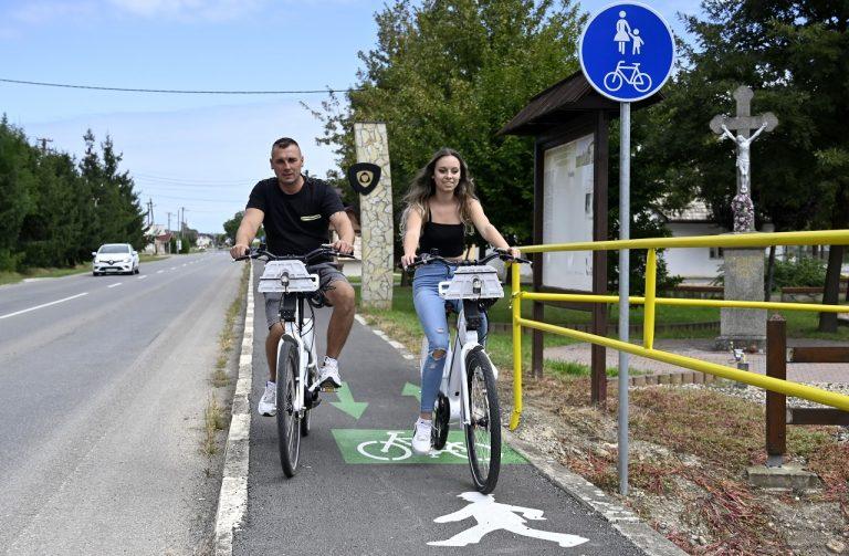 cyklisti, cyklochodník