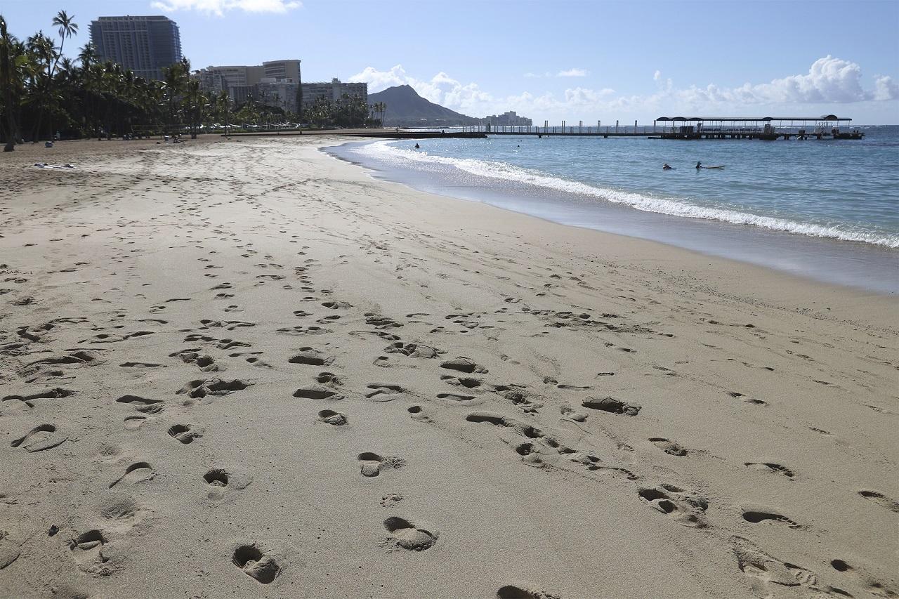 prázdna pláž